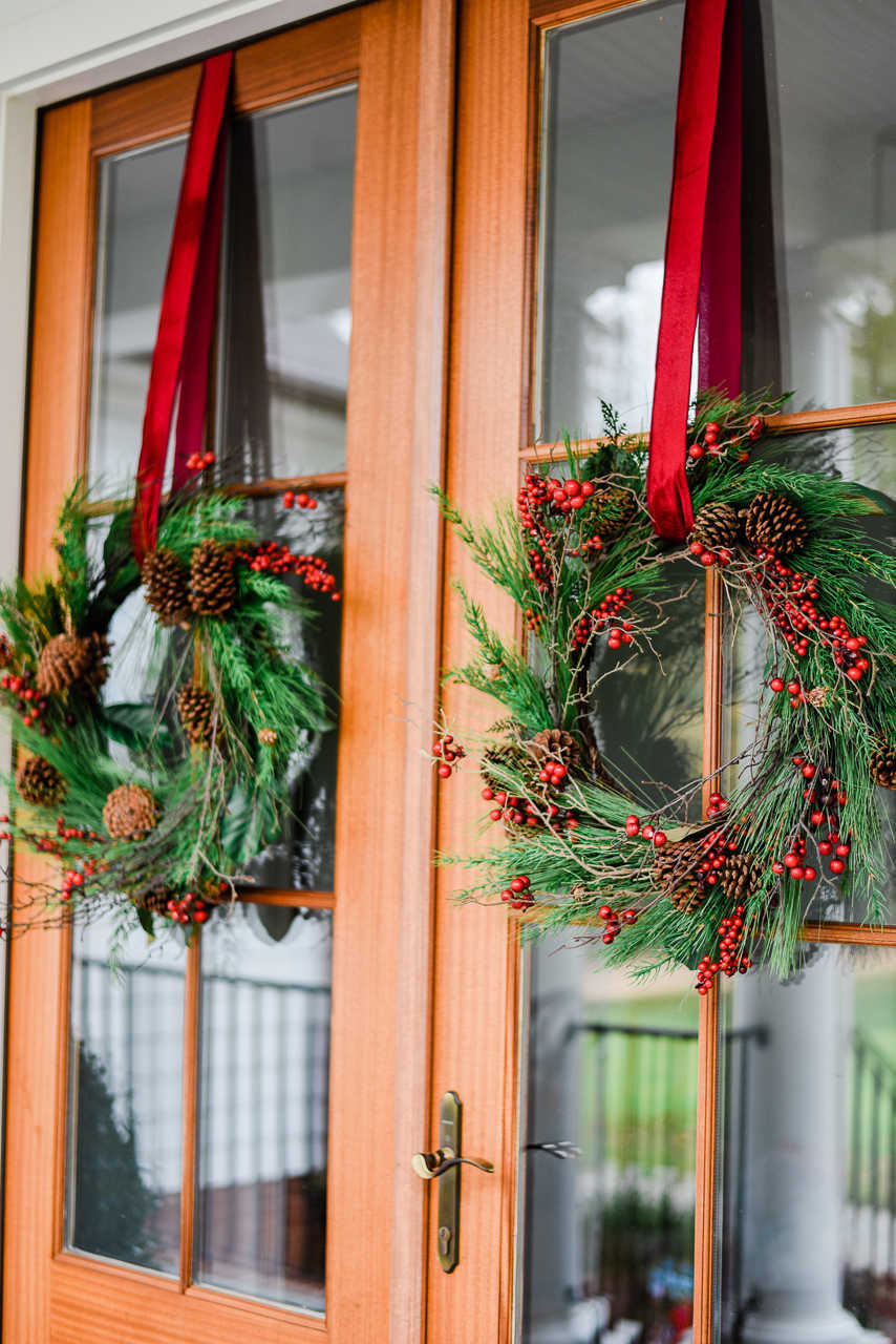 2) Go for Window Hanging Wreath Christmas