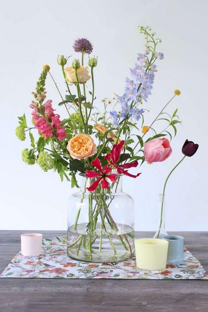 3) Showcase a Beautiful Flower Arrangement chrishmas
