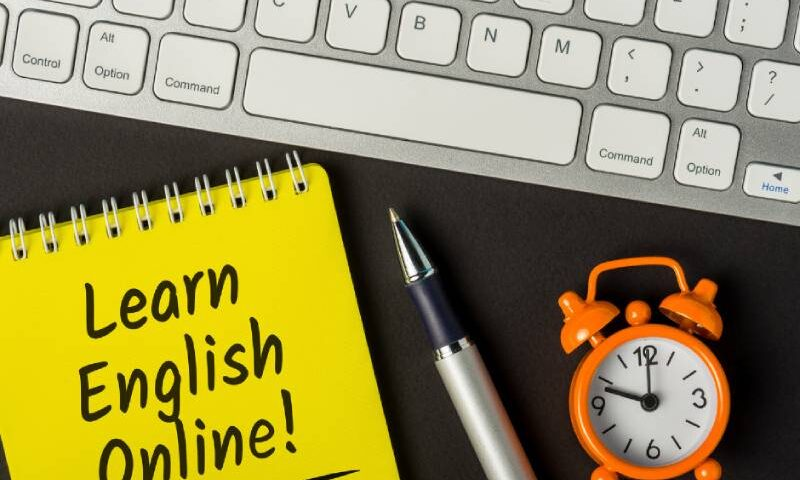Effective ways to learn spoken English online