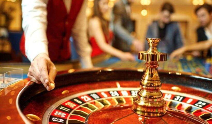 What should you know before playing baccarat on happyluke?