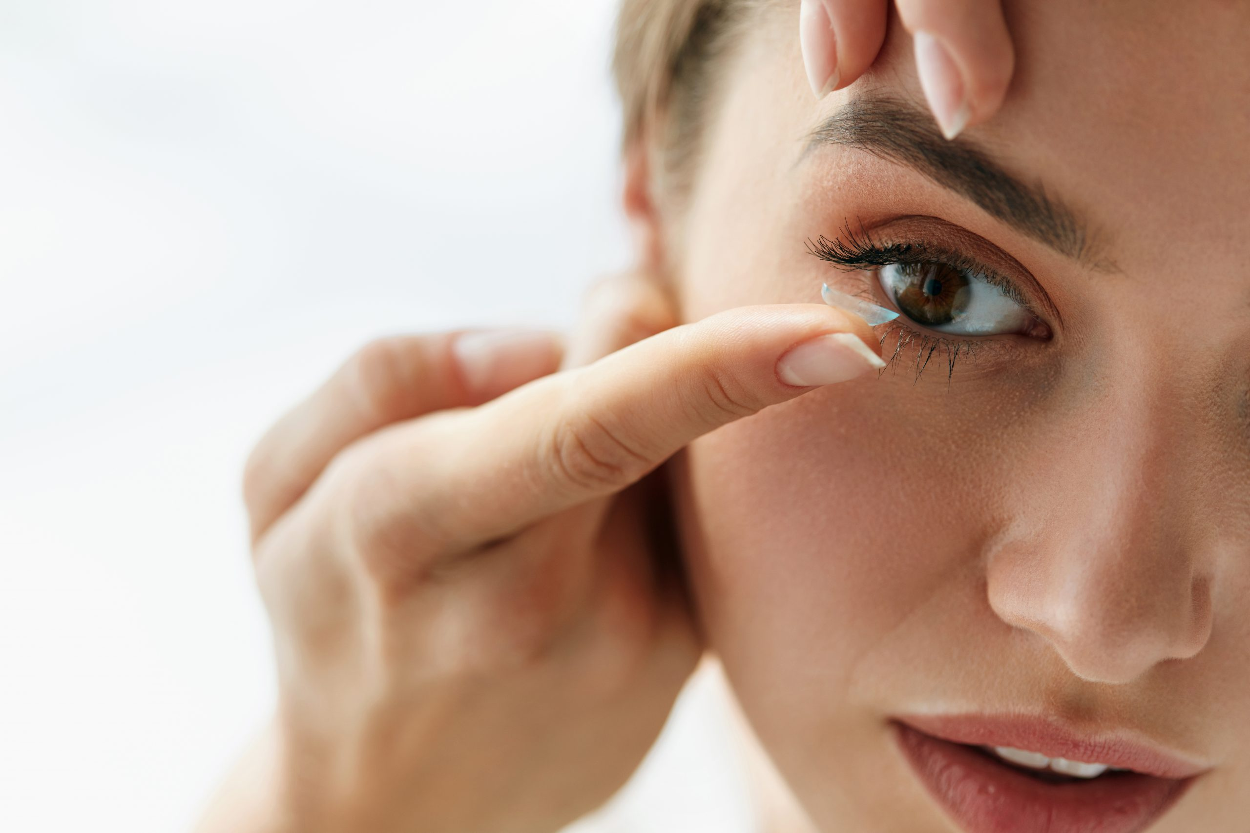 Planning to Get Contact Lenses? Here's Everything You Need to Know